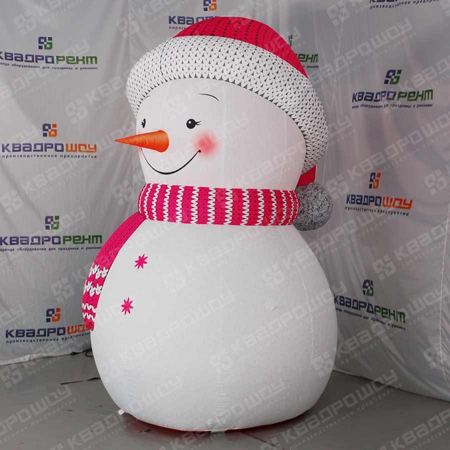 Надувная фигура Снеговик в розовой шапочке