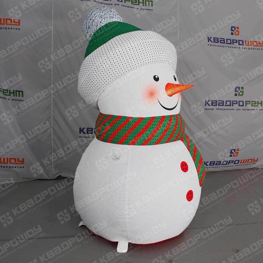 Надувная фигура Снеговик в зеленой шапочке