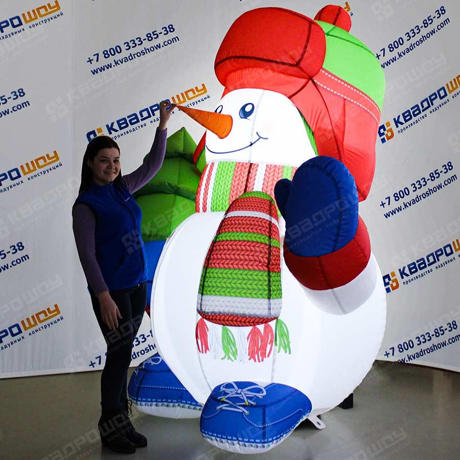 Снеговик с ёлочкой