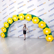 Надувная арка с цветами