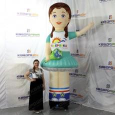 Аэрофигура девочка для рекламы магазина детской одежды
