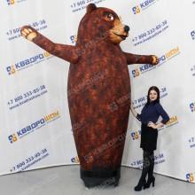 Надувная фигура медведь машет лапой