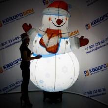 Надувная конструкция большой снеговик с подсветкой