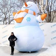 гигантский надувной снеговик для улицы