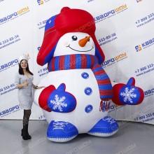 Надувной конусообразный Снеговик