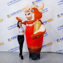 Надувная фигура Малыш с шарами