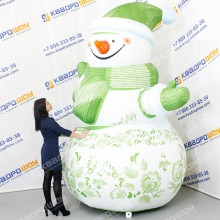Новогодняя декорация Снгеговик зеленая хохлома
