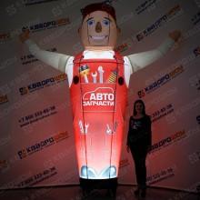 надувная  фигура автомеханик с машущей рукой для привлечения клиентов