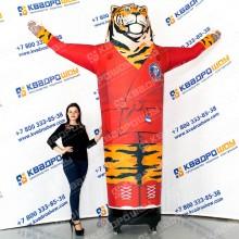 надувная рекламная фигура тигр с машущей лапкой для секции самбо
