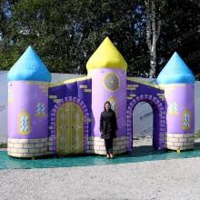Надувная театральная декорация сказочный фиолетовый замок