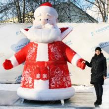 надувной новогодний дед мороз