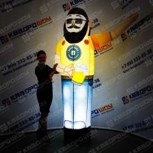 воздушная кукла для рекламы пивного завода с подсветкой
