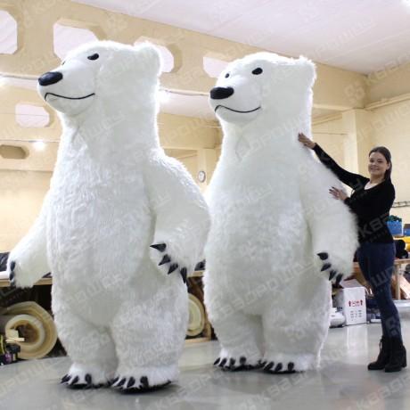 Пневмокостюмы больших белых медведей
