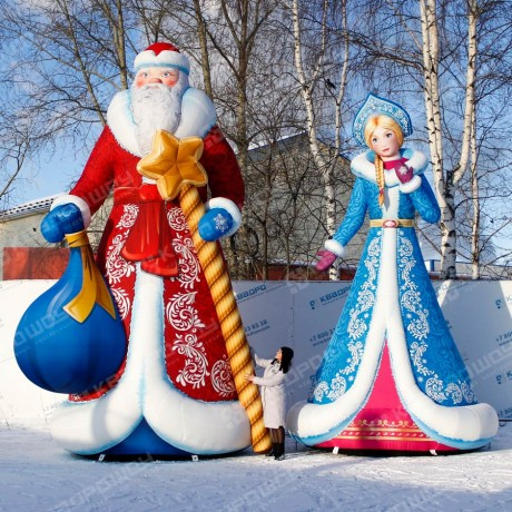 новогодние уличные конструкции дедушка мороз и внучка снегурочка