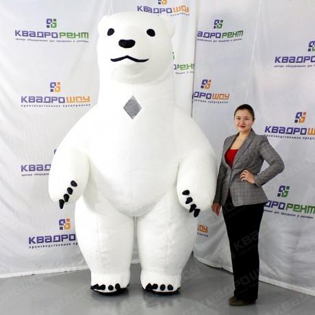 Ростовая кукла белого медведя