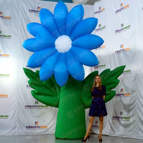 Декорация гигантский цветок