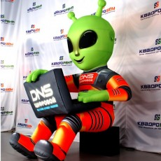 Инопланетянин ДНС надувные фигуры на заказ