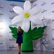 Украшение мероприятий надувной цветок
