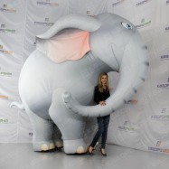 Гигантский надувной Слон