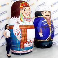 большие национальные матрешки украинка и азербайджанец