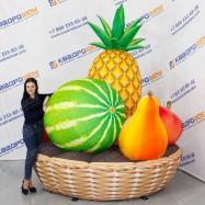 Надувная декорационная корзина с фруктами