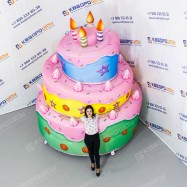 Надувная декорация для праздника торт