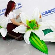 Гирлянда из цветов белой лилии