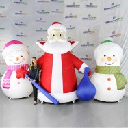 Два надувных Снеговика и Дедушка Мороз