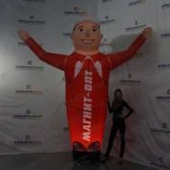 Рекламная фигура с подсветкой