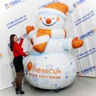 Праздничный надувной снеговик