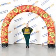 надувная цветочная арка красно-жёлтая на масленицу