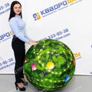 Мяч в форме новогоднего шара