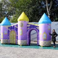 Надувная конструкция замок принцессы для оформления сцены