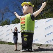 Надувная рекламная двигающаяся фигура человека с руками