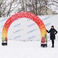 надувная уличная конструкция арка новогодняя