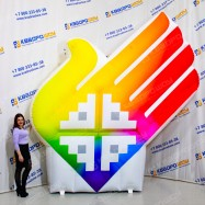 Надувная конструкция символ Сурдлимпийских Игр