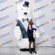 Надувной рекламный костюм белого медведя