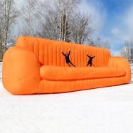 Пневмоконструкция огромный надувной диван