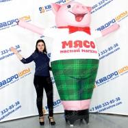 рекламная надувная игрушка свинья зазывала для магазина мяса