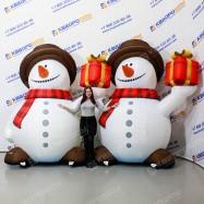 Рекламный Снеговик