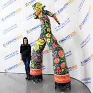 воздушный человечек в праздничной расцветке Чёрная Хохлома