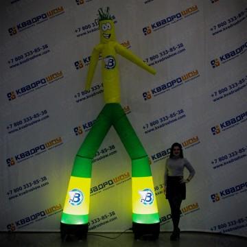 Надувной танцор Аэромен с подсветкой