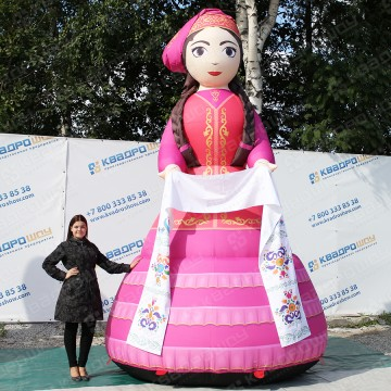 Большая надувная фигура женщина апа для сабантуя