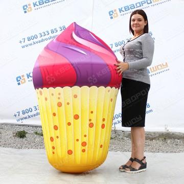 большая рекламная фигура пирожное капкейк