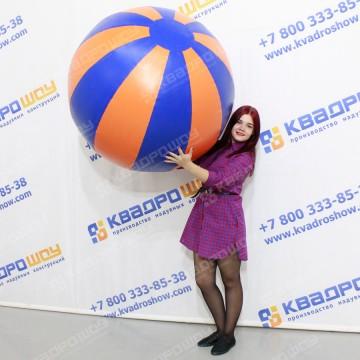 Огромный надувной мяч аттракцион