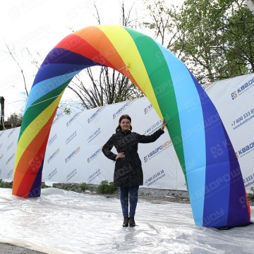 Надувная арка радуга
