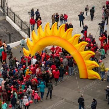 Надувная арка солнышко