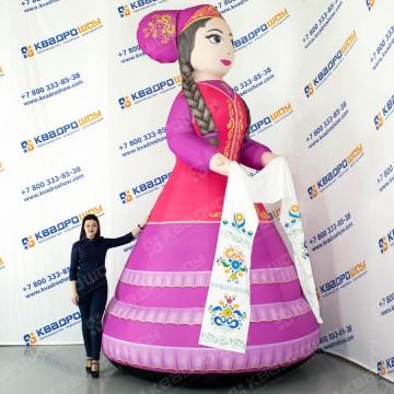 надувная декорация татарка в национальной костюме