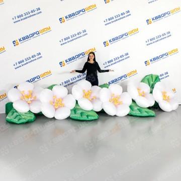 надувная декоративная цветочная гирлянда белая яблоня