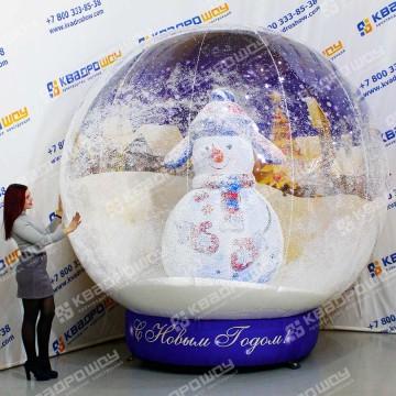 Надувной шар со снеговиком внутри